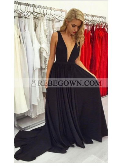 2021 Siren Princess/A-Line Deep V Long Train Black Prom Dresses