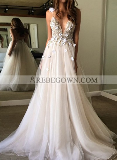Ivory Tulle V-neck Prom Dresses With Appliques
