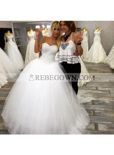 2021 New Arrival Tulle White Sweetheart Beaded Lace Up Back Ball Gown Wedding Dresses