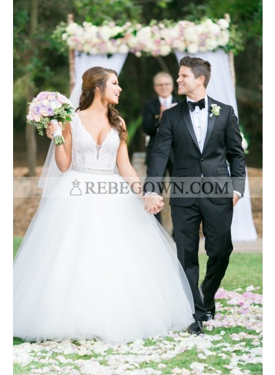 2021 New Arrival Lace Tulle White Sweetheart Ball Gown Backless Wedding Dresses