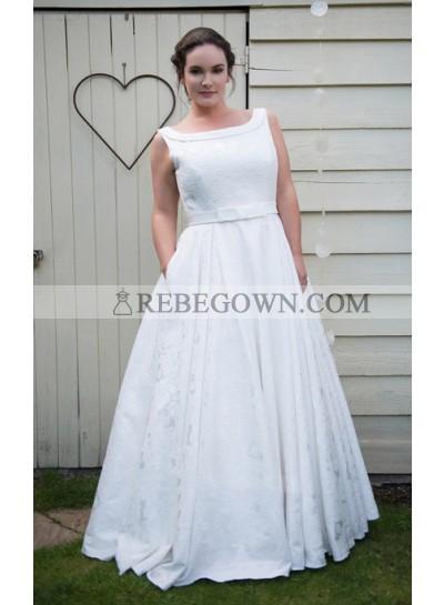 Classic A Line White Bateau Lace Bowknot Belt Floor Length Wedding Dresses 2021