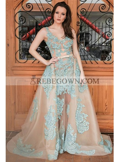 New Designer A Line Champagne and Blue Appliques Tulle Scoop Prom Dresses With Bowknot 2021