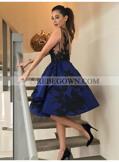 2021 Ball Gown Scoop Neck Sleeveless Backless Applique Beading Pleated Satin Knee-Length Homecoming Dresses