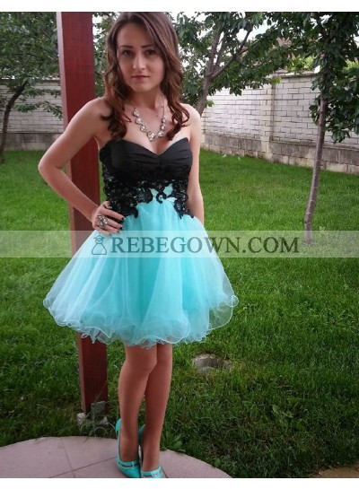 A-Line Sweetheart Lace-up Light Blue Short Homecoming Dress 2020 with Lace
