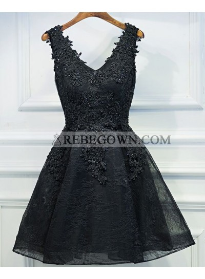A-Line V-Neck Appliques Short Black Homecoming Dress 2020