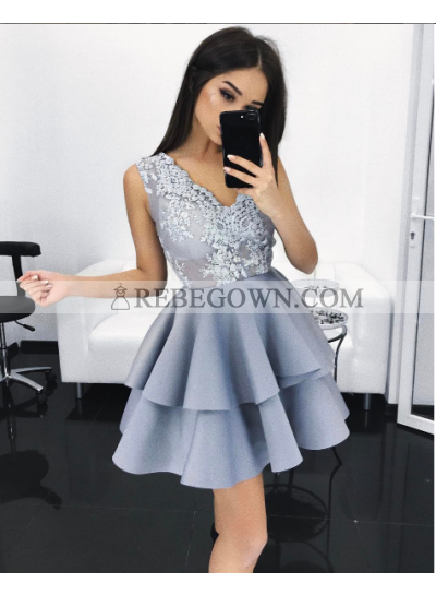 A-Line V-Neck Short Light  Blue Satin Homecoming Dress 2020 with Appliques Tired