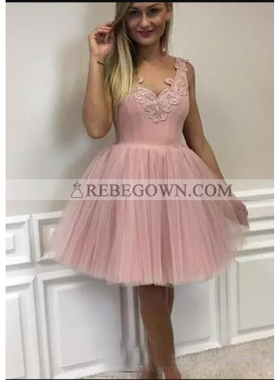 A-Line V-Neck Short Blush Tulle Homecoming Dress 2020 with Appliques
