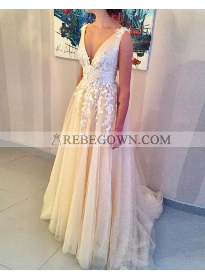 A-Line Champagne V Neck Tulle 2021 Prom Dresses With Appliques