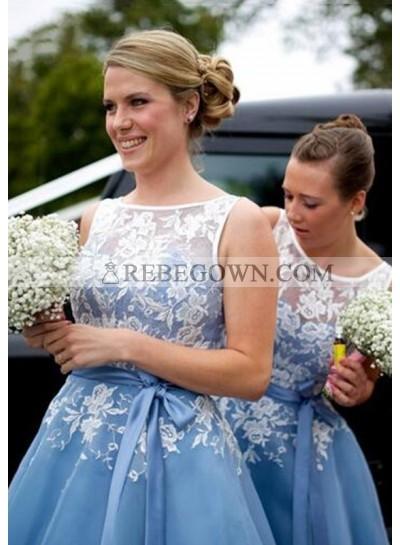 Chiffon Bridesmaid Dresses / Gowns A-Line Bateau Tea-Length With Appliqued