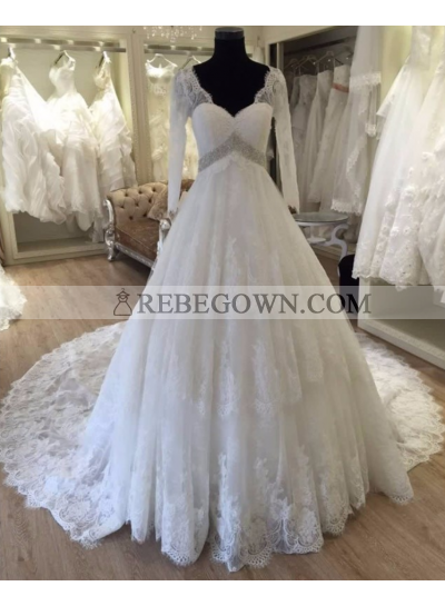 2021 Gorgeous A Line Long Sleeves V Neck Wedding Dresses Lace