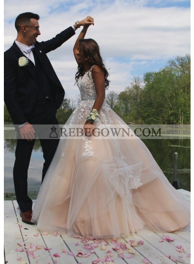 2021 New Arrival A Line Tulle Wedding Dresses With Appliques