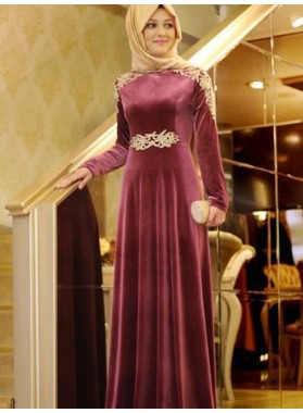 2020 Burgundy Prom Dresses Long Sleeve Appliques Pleated Elegant Satin A-Line